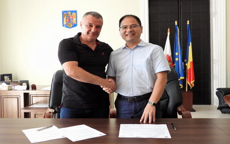 China's UE Furniture to open production base in Romania