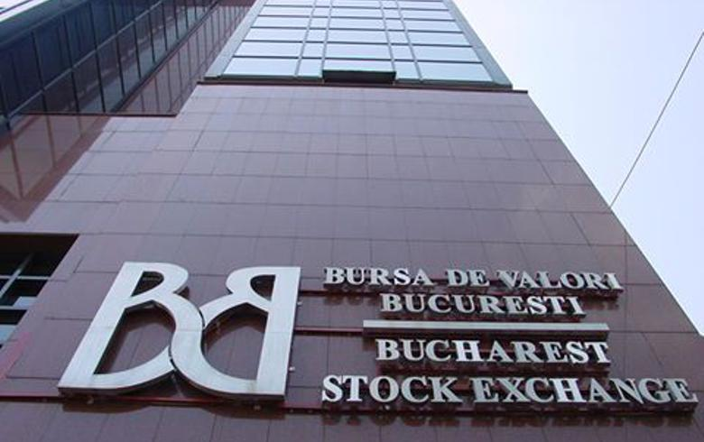 Romanian stock indices fall in higher turnover