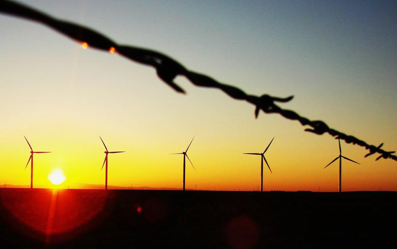Berkshire Hathaway firm unveils 117.6-MW wind project in Alberta