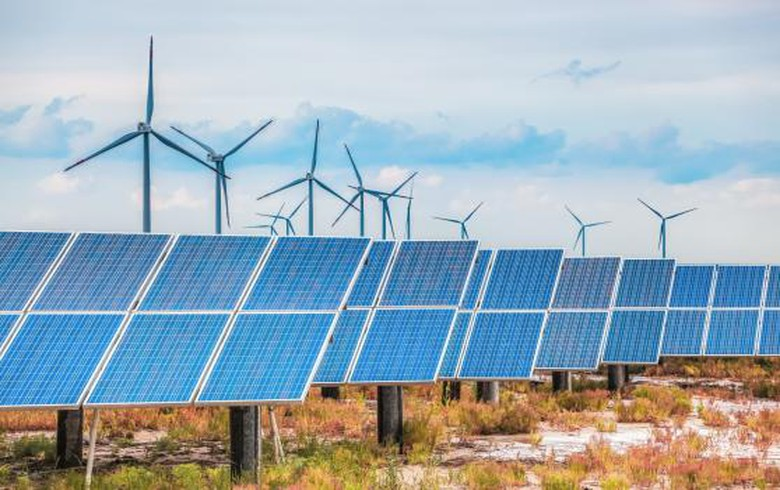 Delays hamper commissioning of 60-MW Aussie wind-solar-storage hub