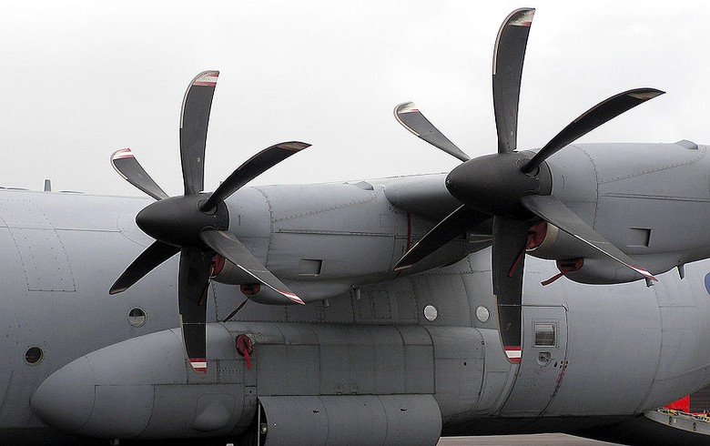 Bulgarian defence ministry opens 1.3 mln euro tender for propeller aircraft