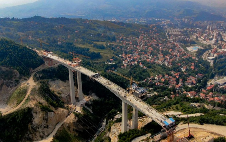 Bosnia says Klopce-Donja Gracanica motorway section to be completed in 2020