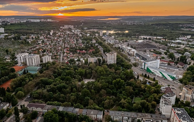 Political turmoil, budgetary risks, slow reform affect Moldova's investment climate - US State Dept