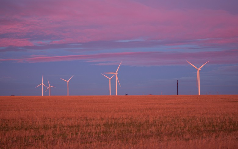 Evergy opens RFP for 1 GW of wind power