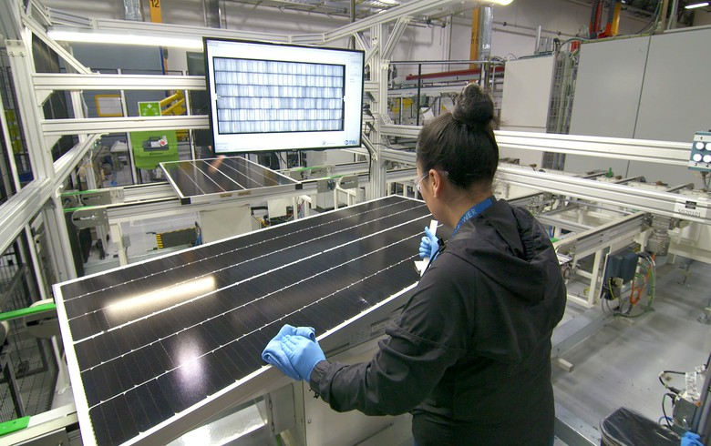 SunPower starts US production of P-Series solar panels