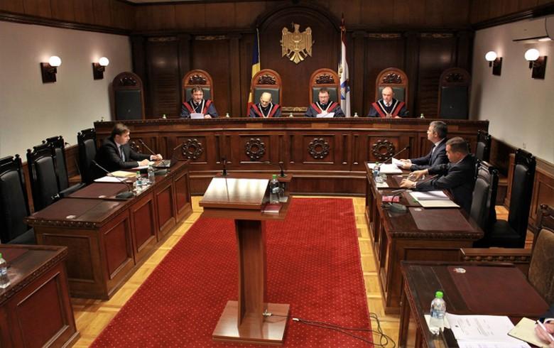 摩尔多瓦的顶级法院为议会溶解提供绿灯