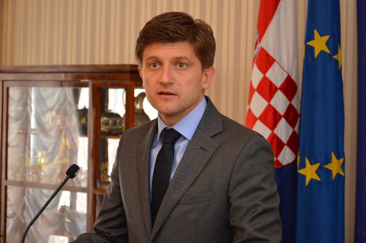Croatia's parliament votes to keep Maric as finance minister