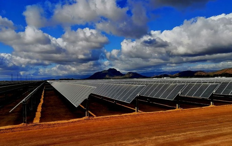 Downer wins contract to build 349-MWp Aussie solar park
