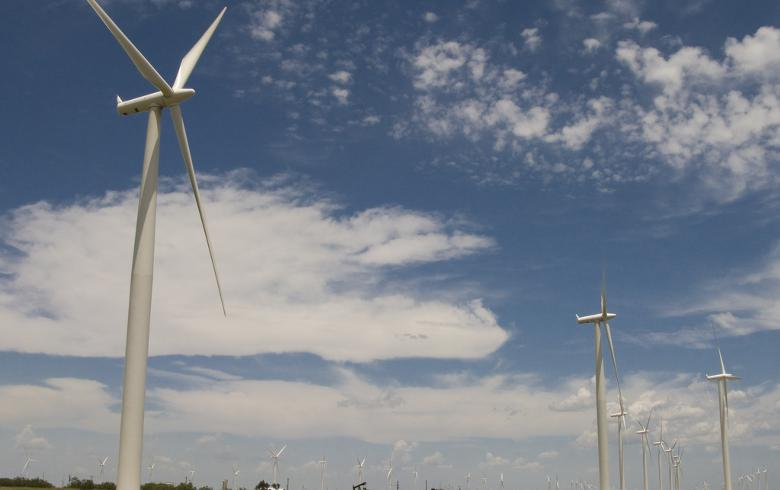 Sammons buys 238-MW wind project in Texas
