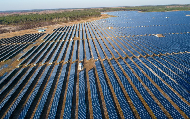 to-the-point: ISS offers for sale 425 MW of Texas solar projects