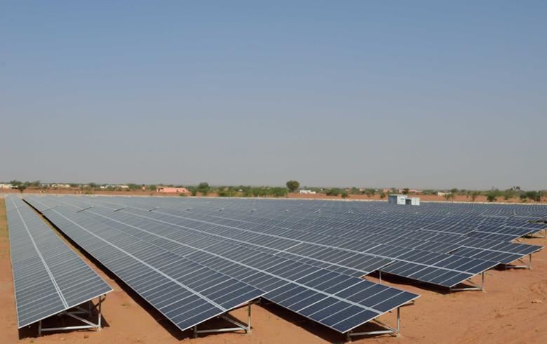 India's Karnataka seeks bids for 200 MW of solar capacity