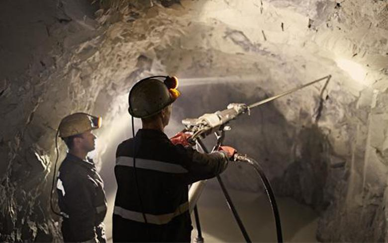 Slovenia issues mining rights for three gravel extraction projects