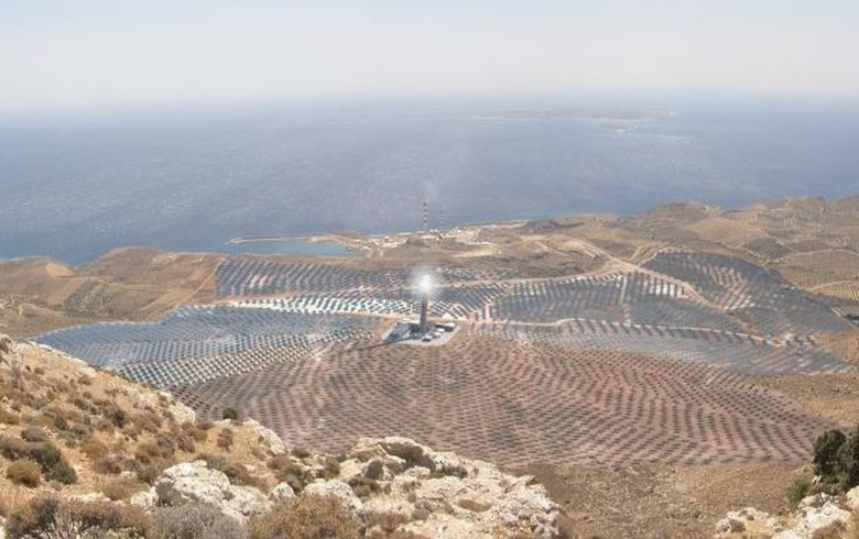 Chinese firms picked to build 50-MW CSP park in Greece
