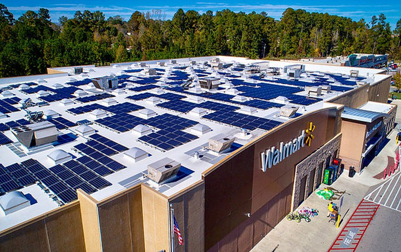 Walmart contracts more solar power, issues ESG report