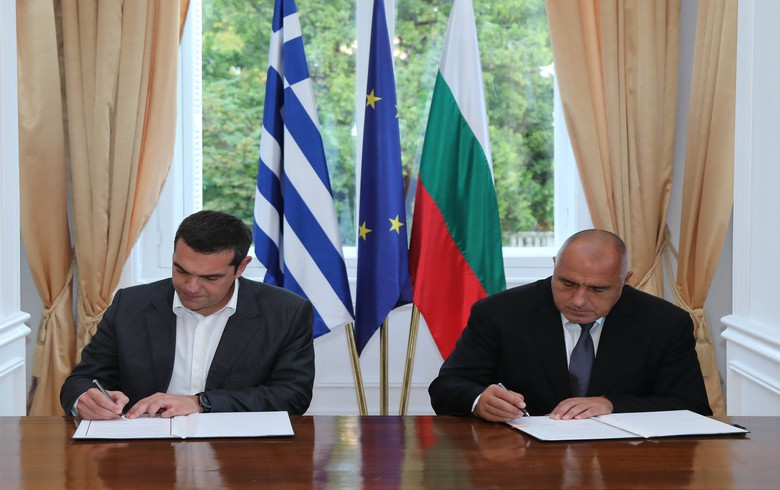 UPDATE 1 - Bulgaria, Greece commit to further develop two transport infrastructure projects
