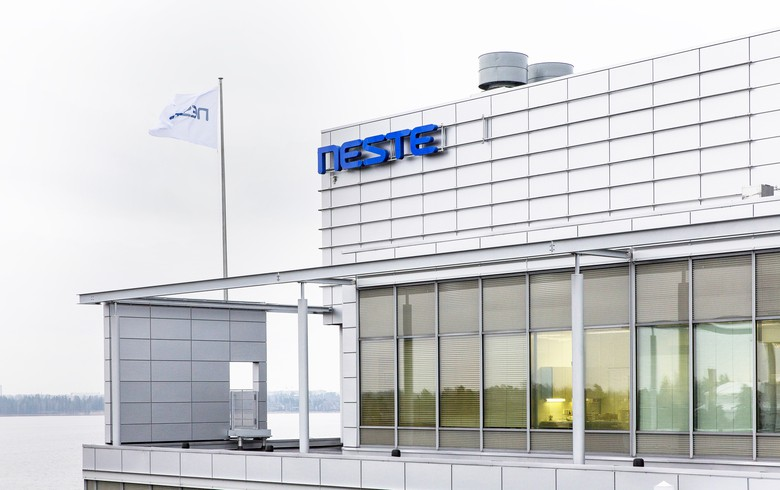 Neste to spend USD 1.6bn on growing Singaporean renewables production