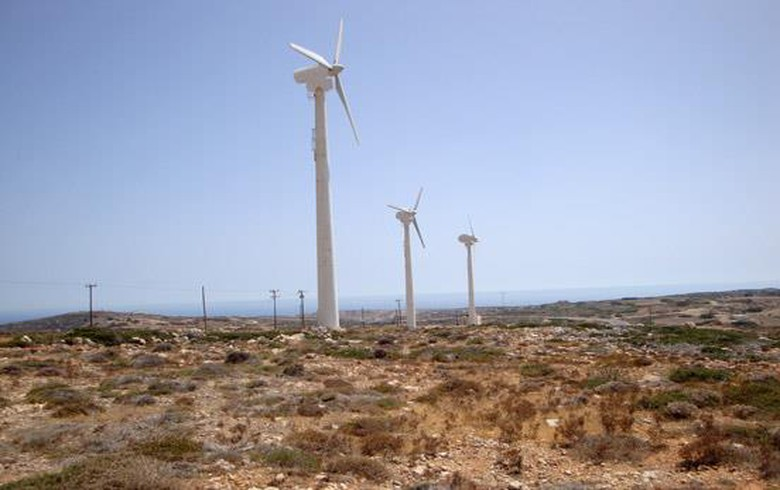 PPC, Masdar, Taaleri team up on 300 MW of wind, solar projects in Greece