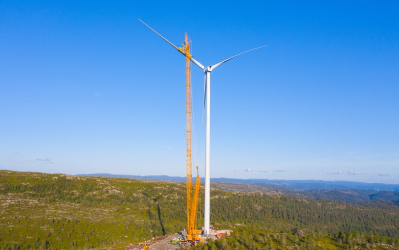 Engie erects 1st turbine for 208-MW wind park in Norway