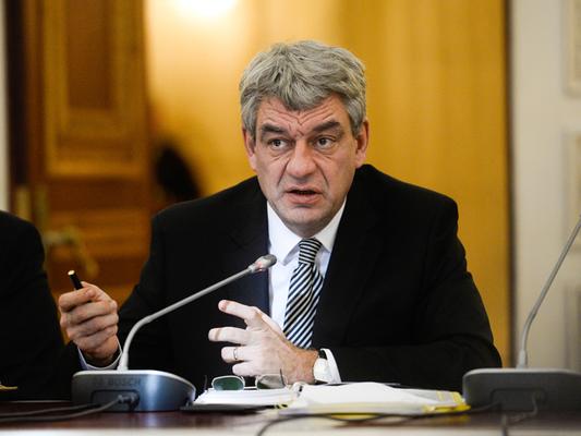 Romanian government survives censure motion