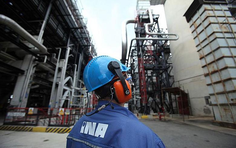Croatia's INA hires Italy's KT for 3.3 bln kuna (444 mln euro) Rijeka refinery upgrade works