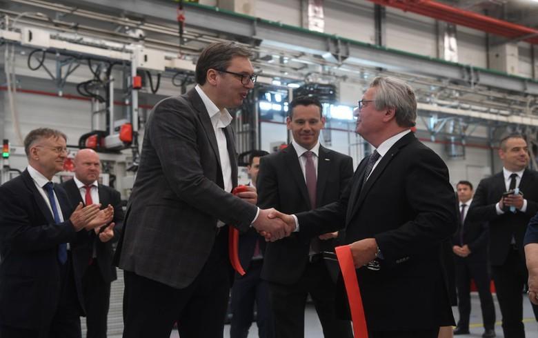 德国的Fischer在塞尔维亚打开通风喷嘴厂