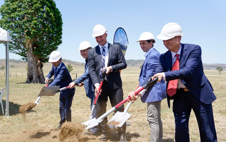 Construction begins on 1.5-GW solar park in Queensland