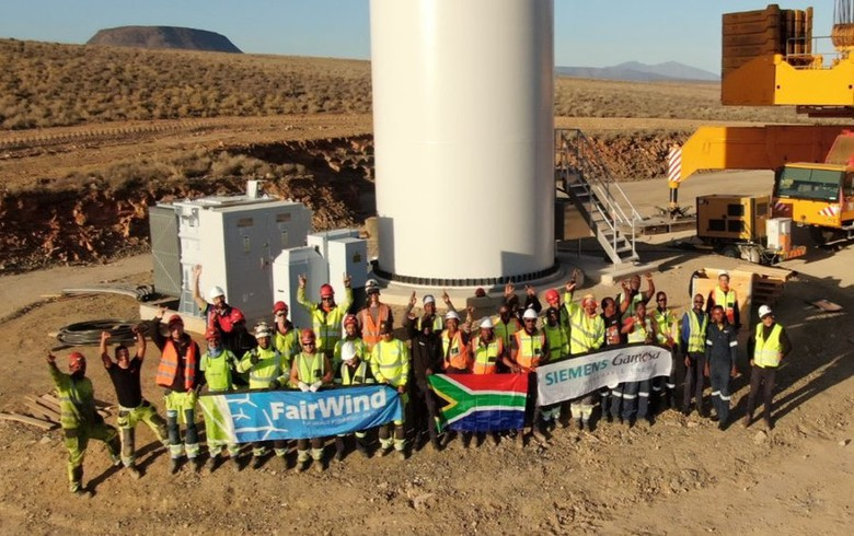 Mainstream lifts last Perdekraal East wind turbine ahead of S Africa's lockdown