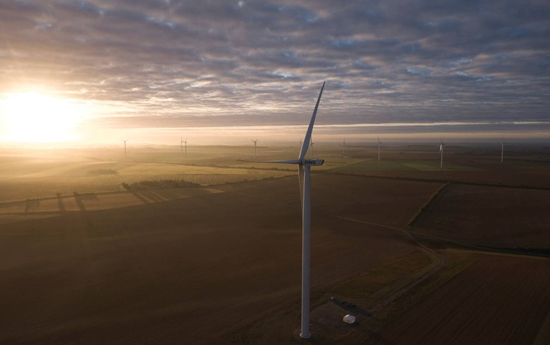 RWE switches on first onshore wind park in France
