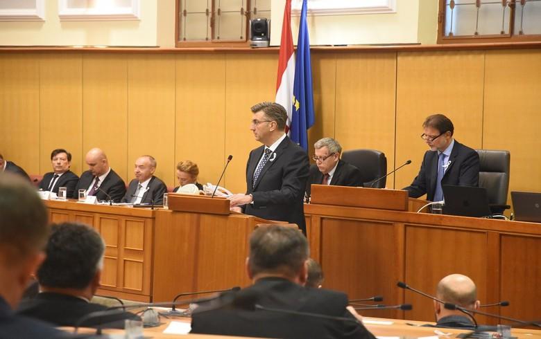 Croatia's govt plans 0.4%/GDP deficit in 2019 draft budget - PM