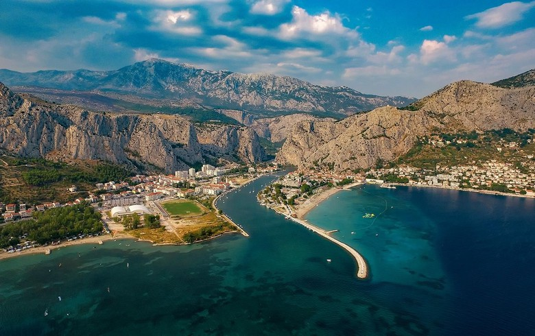 Croatia records historic high 20 mln tourist visits in single year