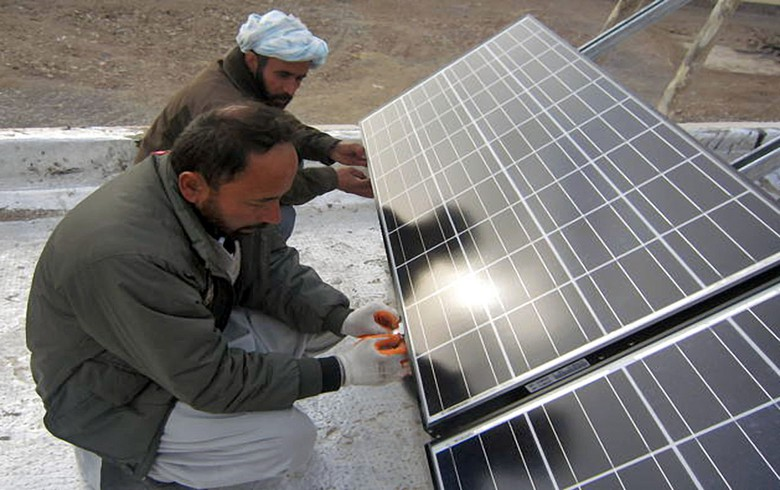ADB gives loan for construction of 15-MW solar farm in Afghanistan