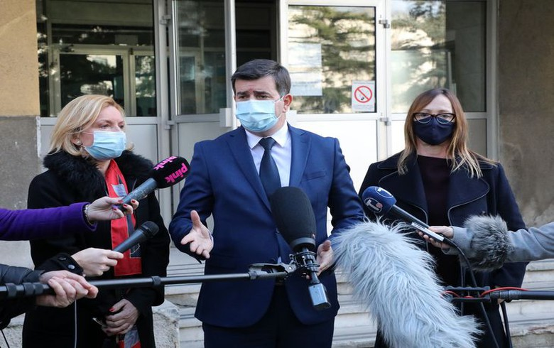 Ukraine investigating illegal vaccinations against COVID-19