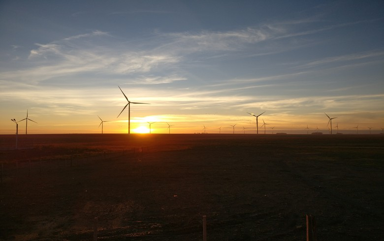 Invenergy plans building 200-MW wind farm in Iowa - report