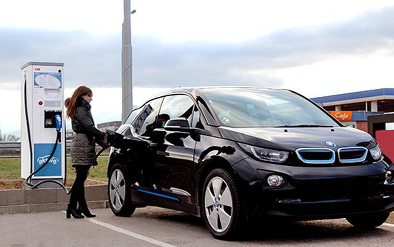 EIB backs Dutch EV charging points operator with EUR 40m
