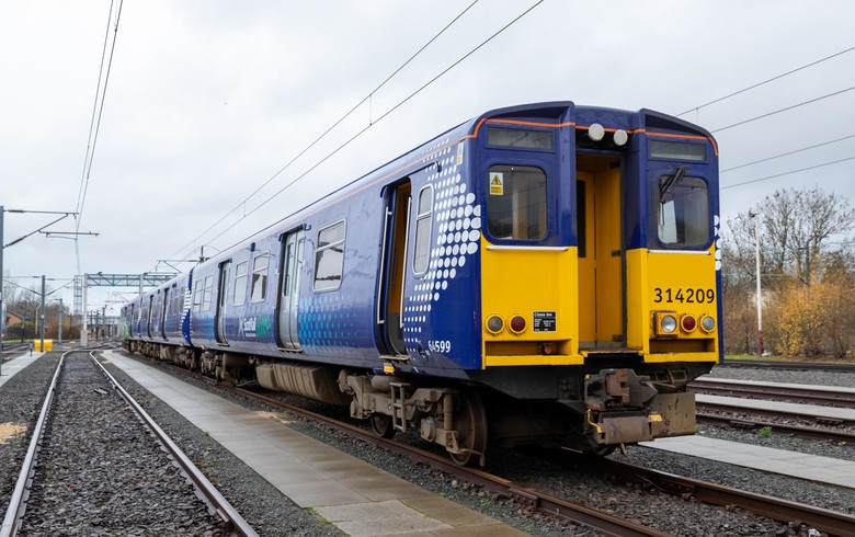 Brennstoffzellen von Ballard treiben Wasserstoffzug in Schottland an