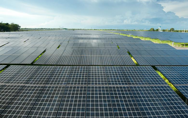 to-the-point: JinkoSolar's Tiger panels to be used at 300-MW demo project in China