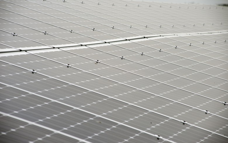 Funds consider 3-GW solar-plus-storage partnership in Saudi Arabia