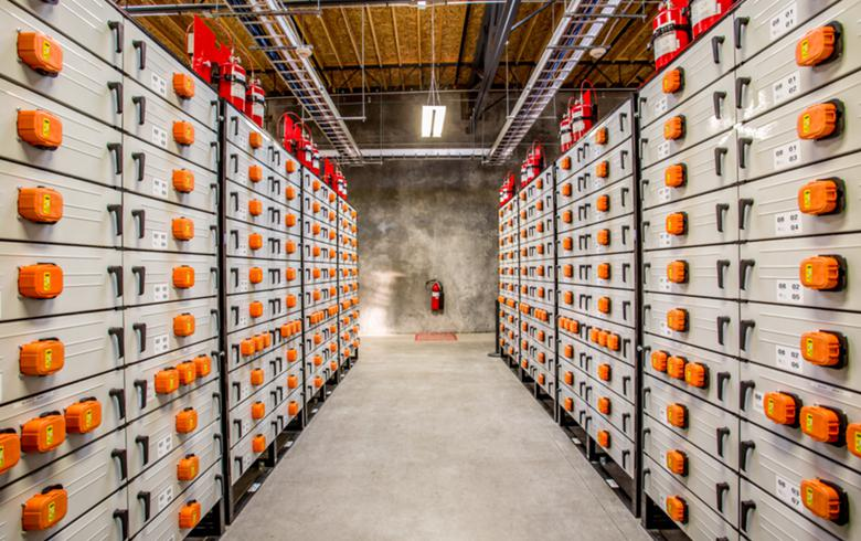 New York powers up 20-MW battery storage facility