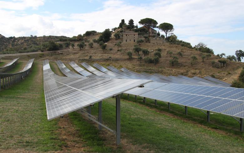 to-the-point: Blue Elephant buys 26 MW of PV in Italy