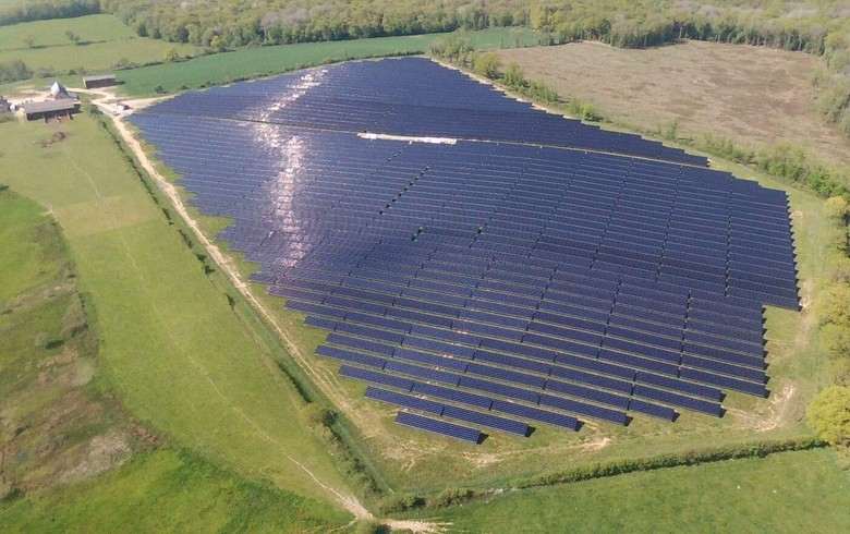 French Photosol readies EUR 500m sale - report