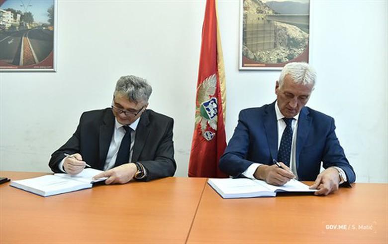 Austria's Strabag signs 19 mln euro road overhaul deal in Montenegro