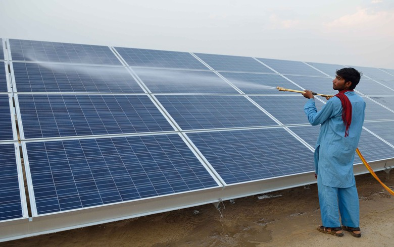 Indian solar projects of 3 GW risk penalties due to coronavirus