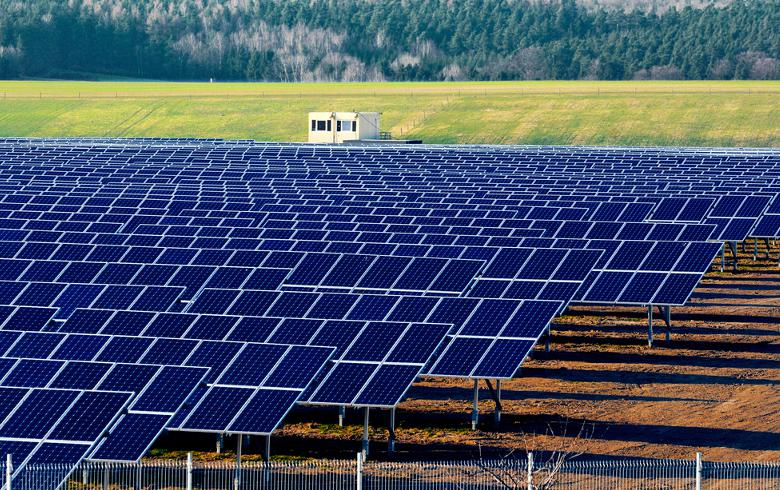 German solar tender awards 205 MW at EUR 54.7/MWh