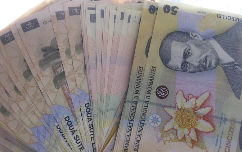 Romania's real net wage annual growth slows down in July