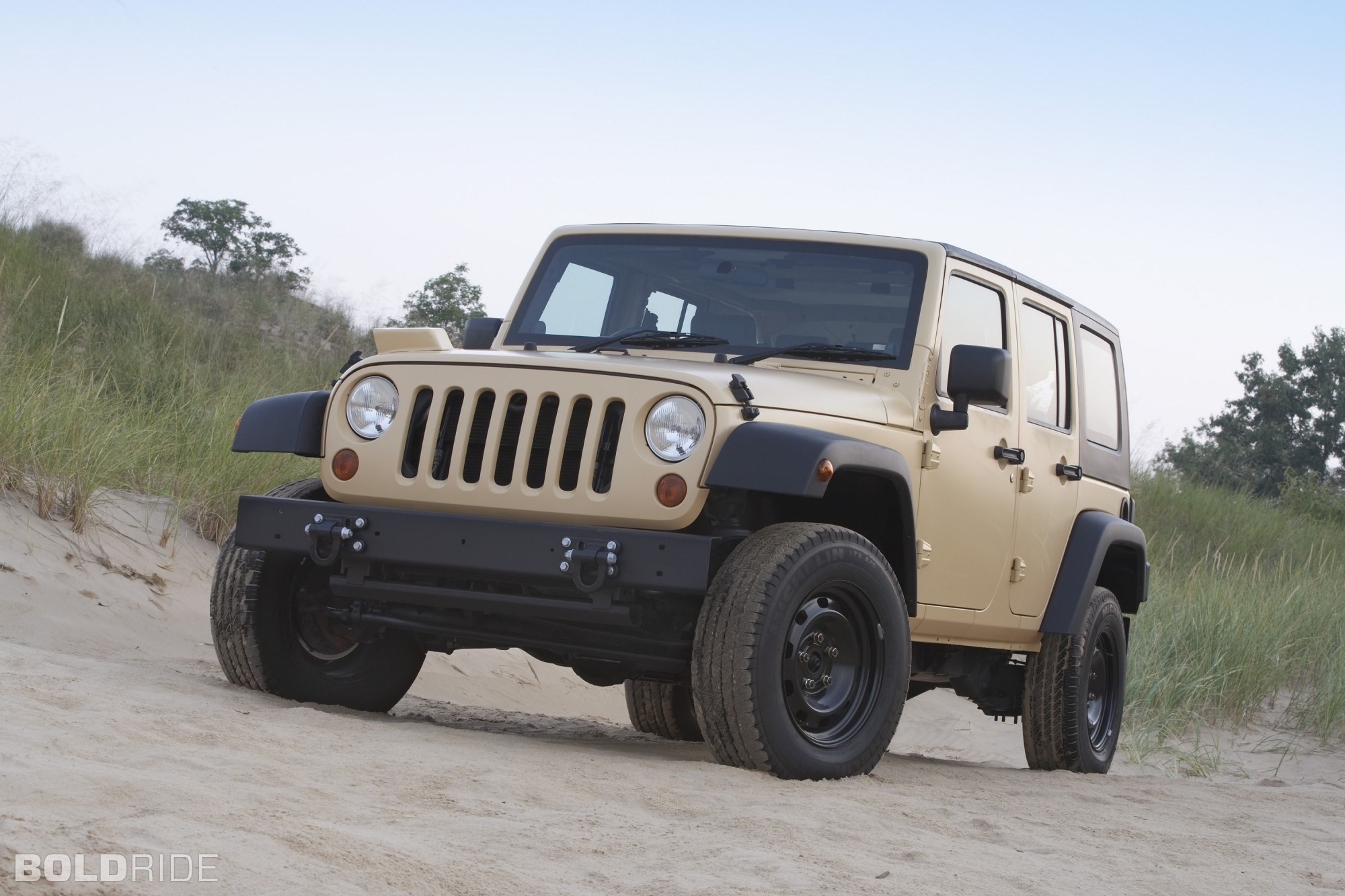 Fiat-Chrysler mulls partnership with Romania's Romarm in army Jeep production
