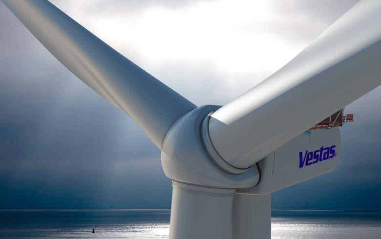 Blyth offshore demo has 1st turbine up
