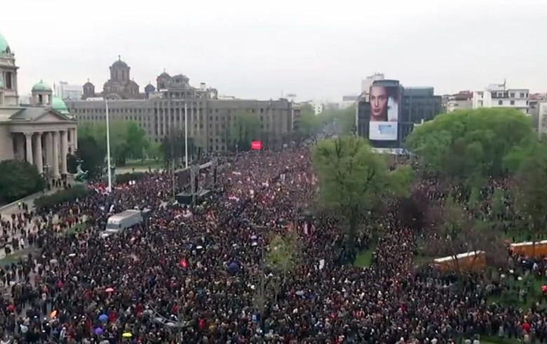 Thousands join anti-govt rally in Belgrade to demand fair snap vote