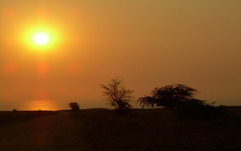 Eni to build 50-MWp solar park in Angola