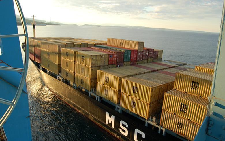 Croatia's Rijeka port seeks 39.9 mln euro in EU funding for upgrades