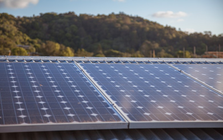APA brings live Queensland's 110-MW Darling Downs solar park